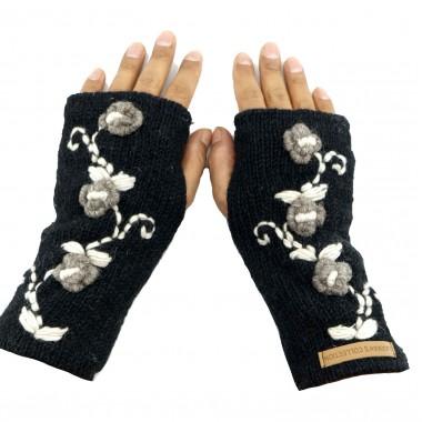 Woolen handwarmer hand knitted